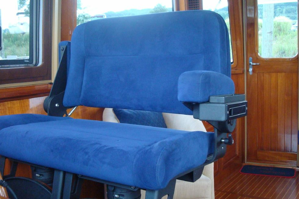 Double Power Stidd Seat