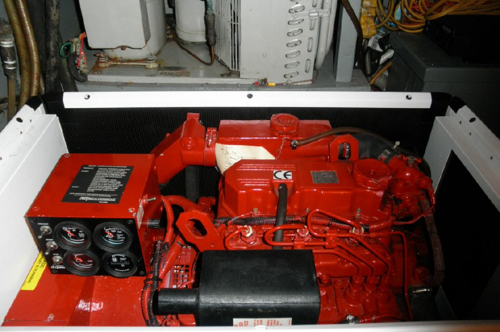 New Genset  box open