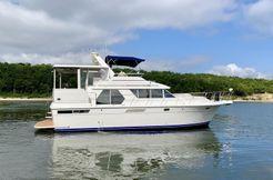 1997 Carver 440 Motor Yacht