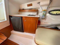 photo of  26' Beneteau Flyer 750 Sun Deck