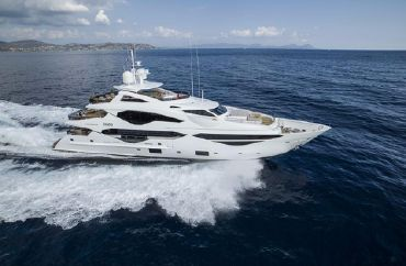 2021 Sunseeker 131 Yacht