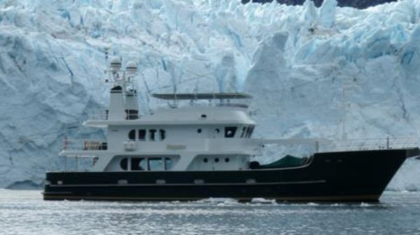 Explorer Expedition Yacht Impetus in Alaska