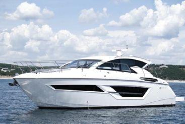 2020 Cruisers Yachts 46 Cantius