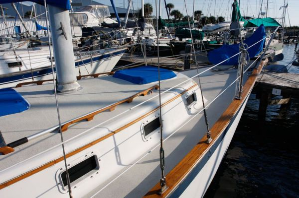 1978 Endeavour Plan A, Ketch