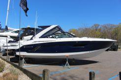 2021 Cruisers Yachts 338 CX-IO