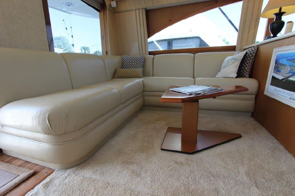 2006 Ocean Yachts 46 Super Sport - Salon 2 - Sofa