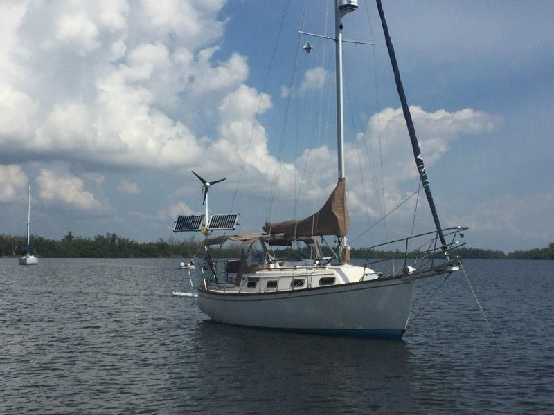 1986 Shoal Draft Island Packet 27 Edwards Yacht Sales