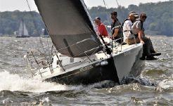 1998 J Boats J105