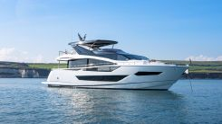 2022 Sunseeker 88 Yacht