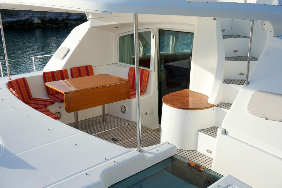 Lagoon 43 Power Cat Spacious Outdoor Living