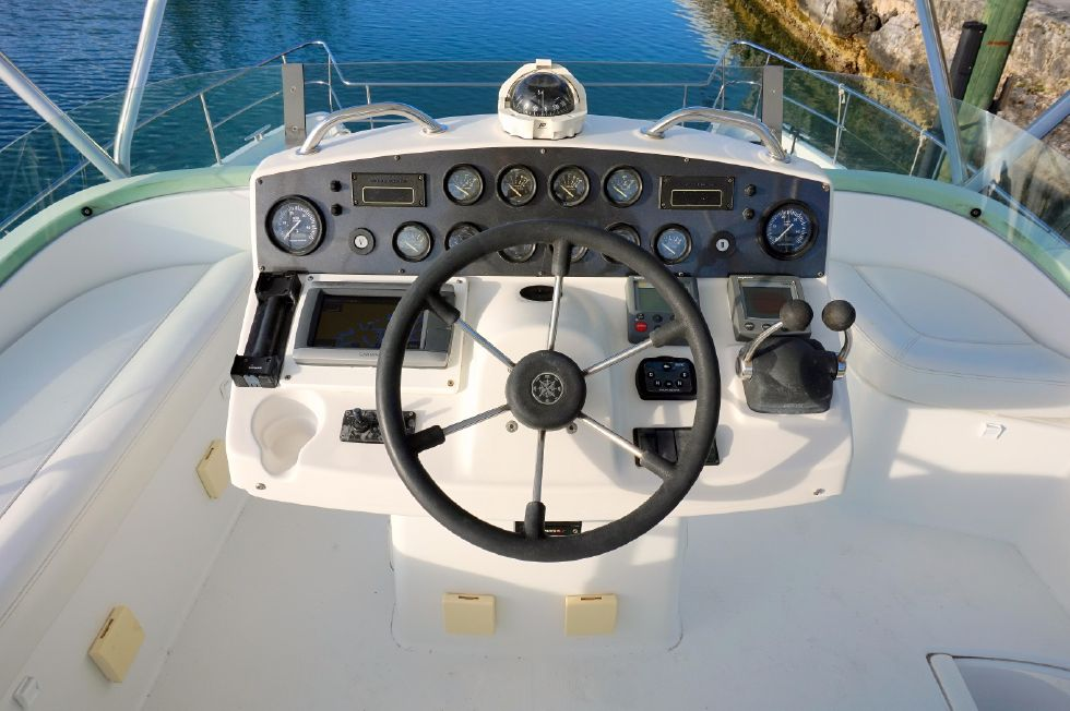Lagoon 43 Power Cat Upper Helm