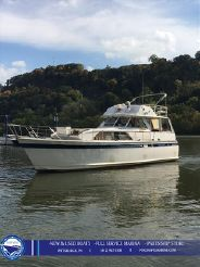 1975 Chris Craft 47 COMMANDER