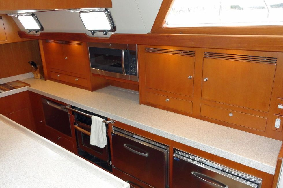 Galley, Outboard