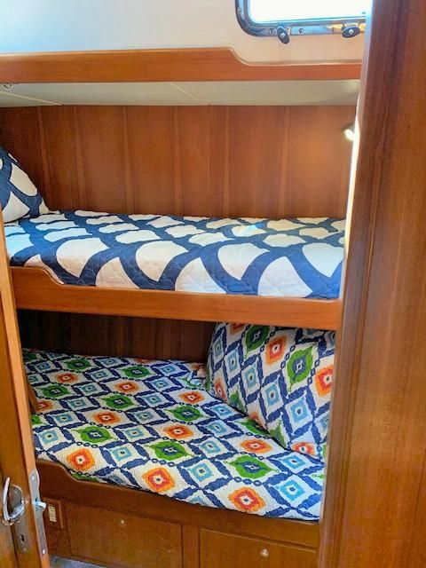 Stbd Aft Guest Cabin