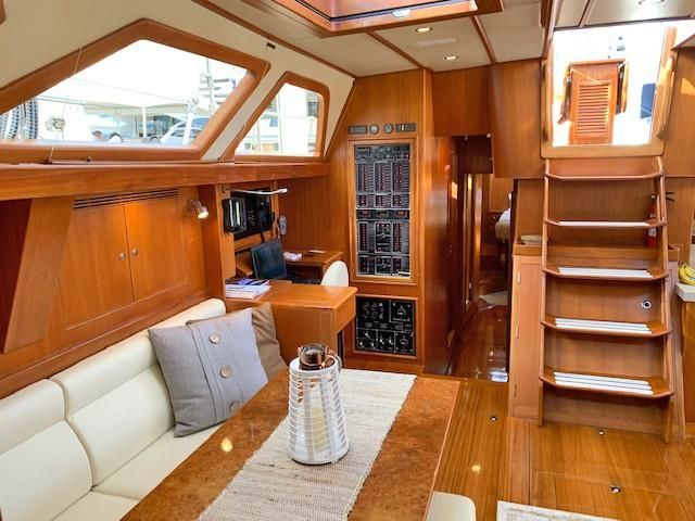 Starboard Salon, Looking Aft
