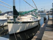 1981 Nonsuch 26