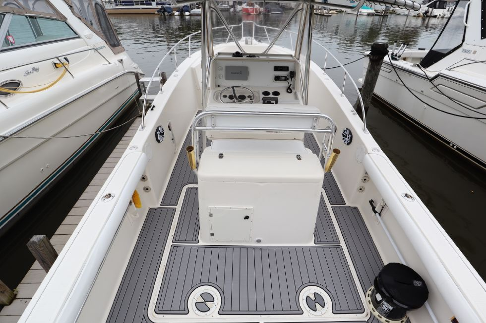 1999 Pursuit 2870 Center Console