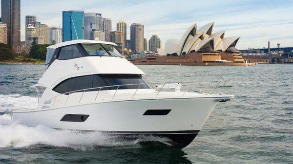 Riviera ENCLOSED FLYBRIDGE- ON ORDER! Riviera Yachts 52 Flybridge Running in Sydney Harbor