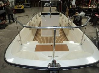 1966 Boston Whaler 16 Center Console