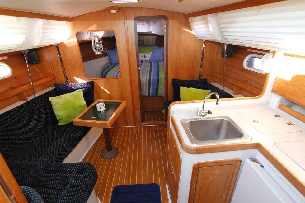 31 Catalina 310 Galley, Salon, Master Queen Berth