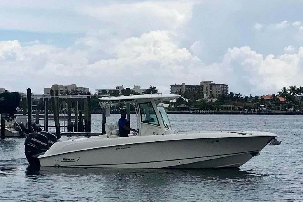 2013 Boston Whaler 280 Outrage - Manufacturer Provided Image