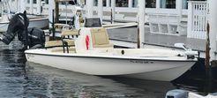 2020 Yellowfin 24 Bay CE
