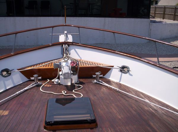 1981 C & L Raised Pilot House - For Deck