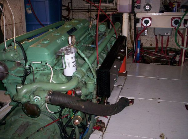 1981 C & L Raised Pilot House - Port Engine