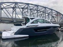 2022 Cruisers Yachts 50CANTIUS