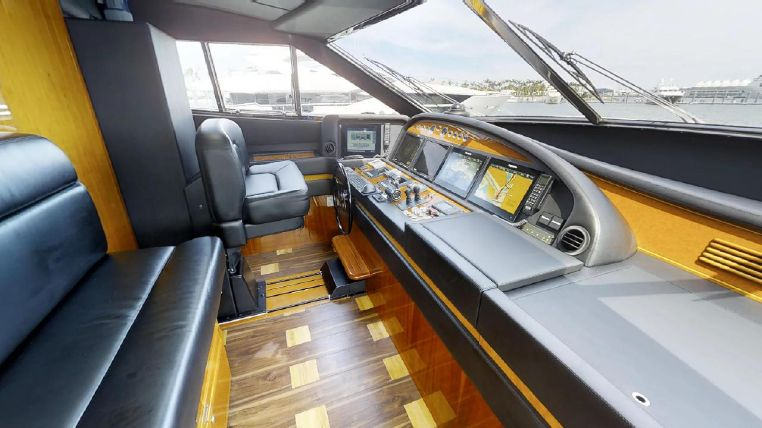 2006 Ferretti Yachts Brokerage Sell