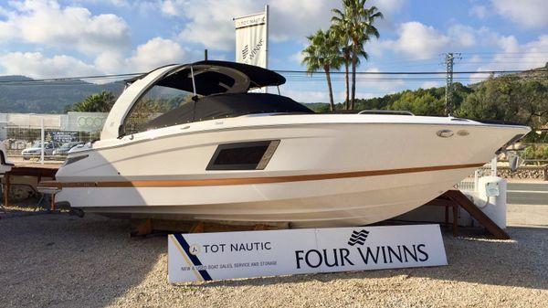 Four Winns H 290