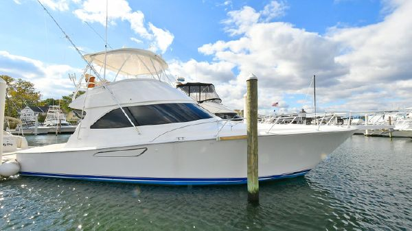 Viking 42 Convertible Starboard Side