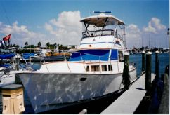 1985 Roughwater 37