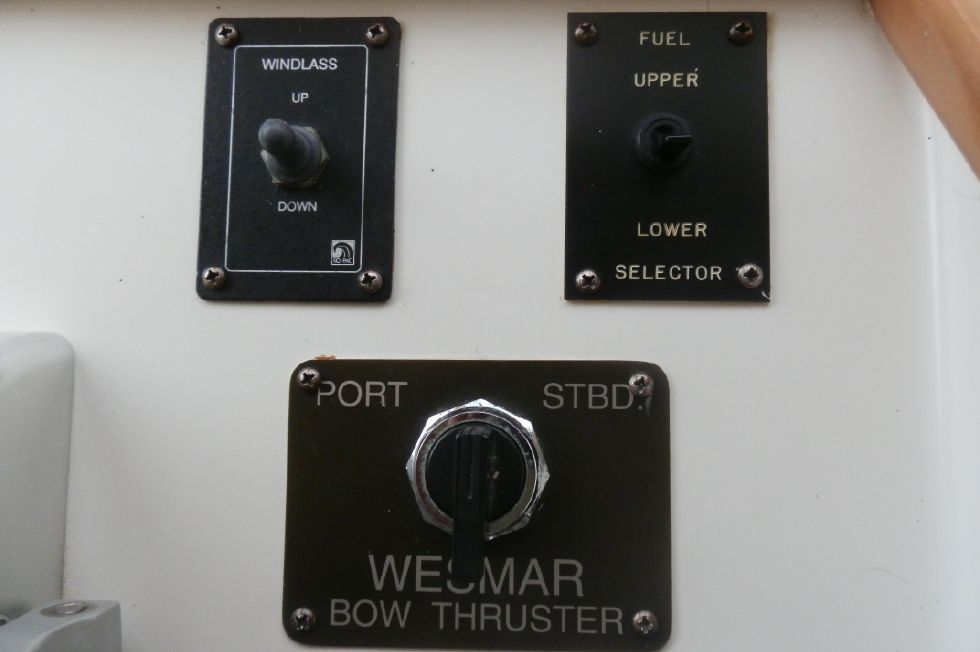 REMOTE WINDLESS & BOW THRUSTER CONTROLS