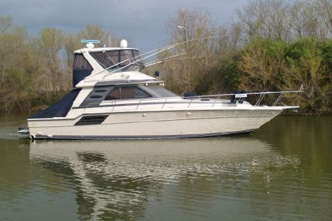 1987 Sea Ray 460 Convertible