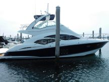 2012 Cruisers Yachts 447 Sport Sedan.