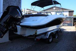 2020 Sea Ray 210 SPX