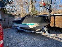 1992 Boston Whaler 17 Montauk