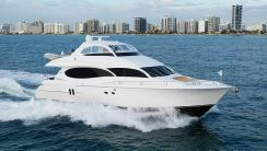2005 Lazzara Yachts Flybridge