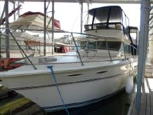 1985 Sea Ray Aft Cabin