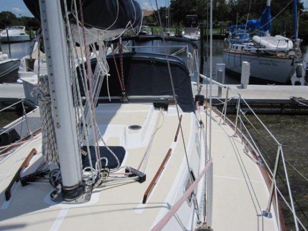 1994 Tartan Yachts 3100 31 Boats for Sale - Edwards Yacht Sales