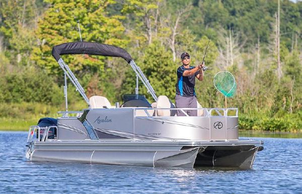 2018 Avalon Venture Bow Fish - 18'