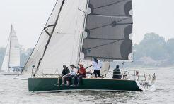 2006 J Boats j100