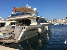 2009 Custom Noble Yachts 32M