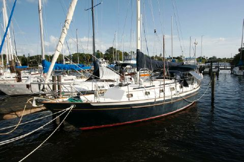 1991 Pacific Seacraft Crealock 34