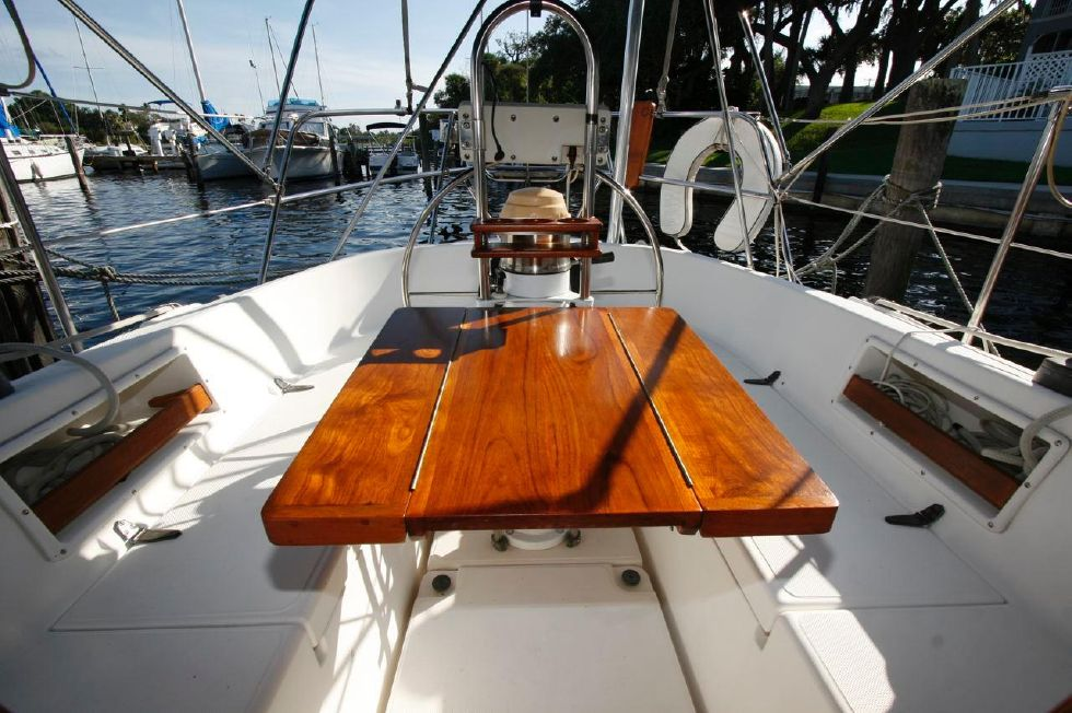 1991 Pacific Seacraft Crealock 34 - Helm Station w/table extended