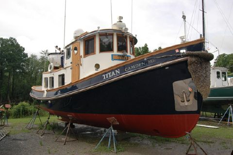 1985 Lord Nelson Victory Tug