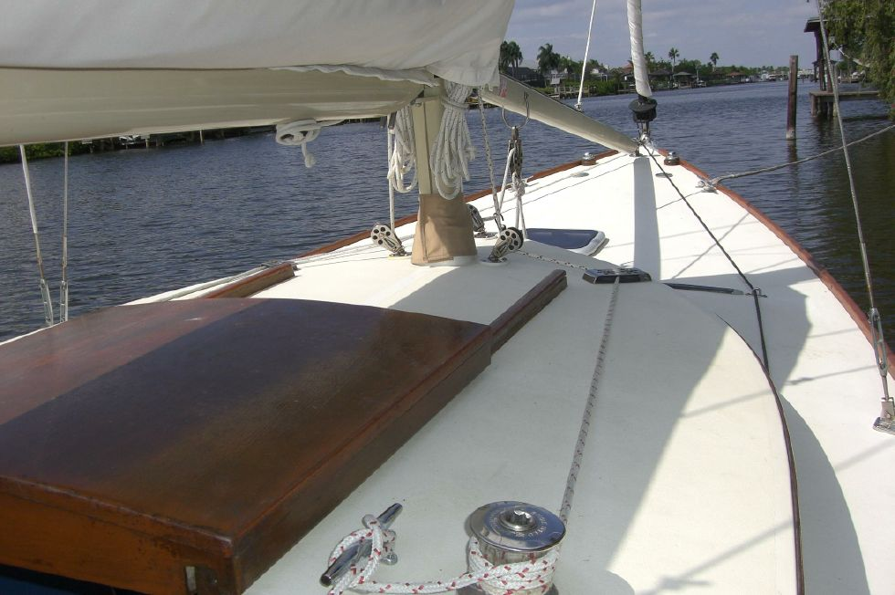 2003 Herreshoff Alerion 26 - View from the helm