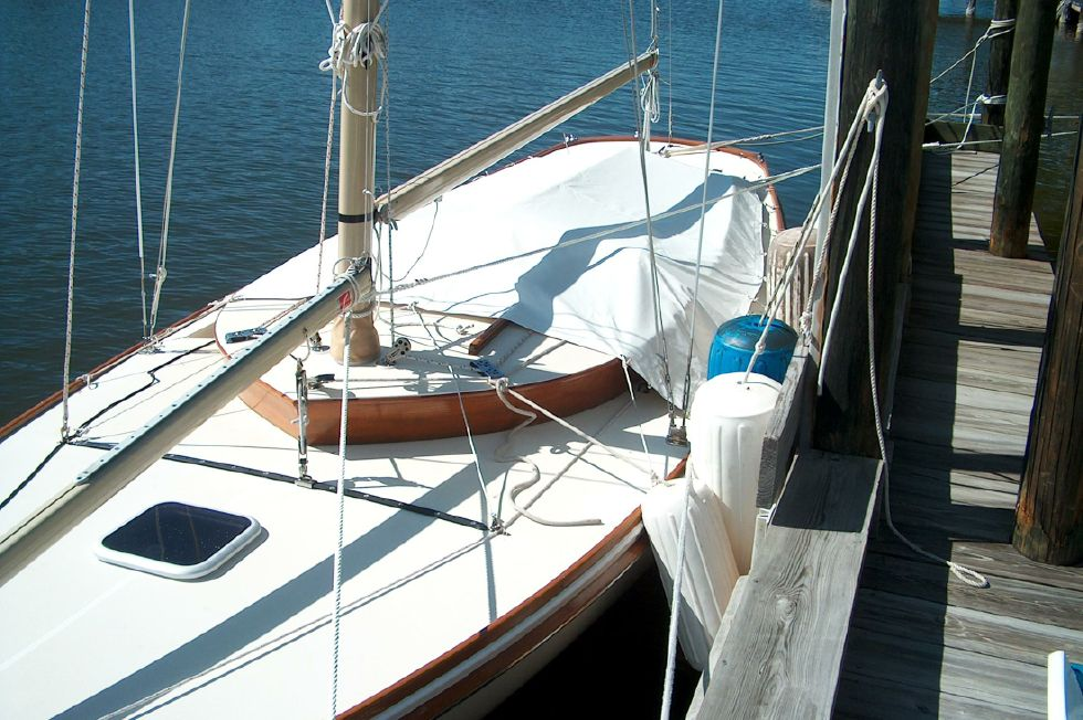 Storm cover with mainsail removed