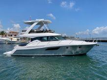 2019 Tiara Yachts 44 Flybridge